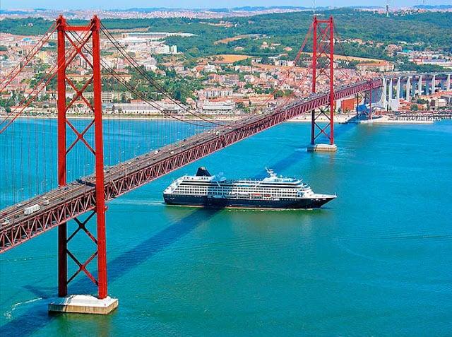 Paseo en barco por el Rio Tejo (Tajo) en Lisboa