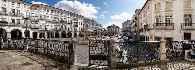 Itinerario de un día en Évora