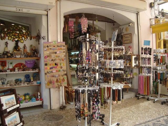 Tiendas de artesanías en Albufeira