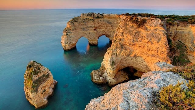 Playa de la Marina en Algarve