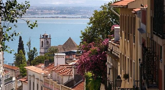 Casas y vista de Lisboa