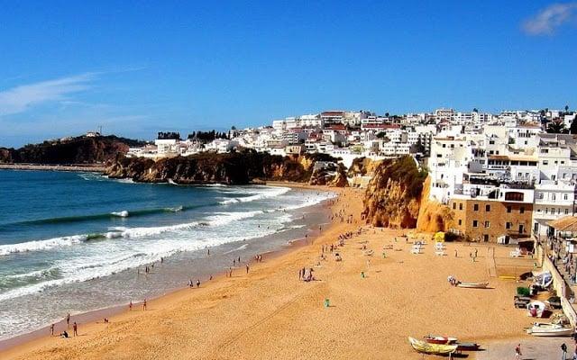 Ciudad Albufeira en Algarve